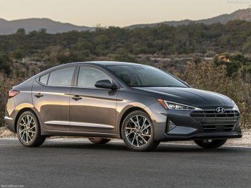 Hyundai Elantra, Fiyatı ve Çıkış Tarihi – Hyundai Elantra Alınır mı?